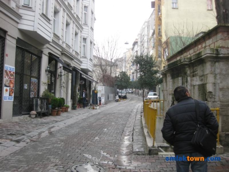 Müeyyedzade Mahallesi Elektrikçi